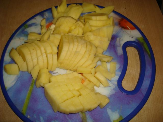 Борщ в мультиварке с курицей и фасолью 6