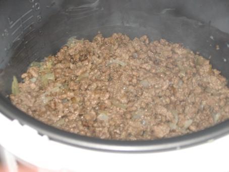 Картофельная запеканка с фаршем и грибами в мультиварке5