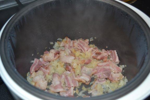 Картофель с беконом в молоке в мультиварке4