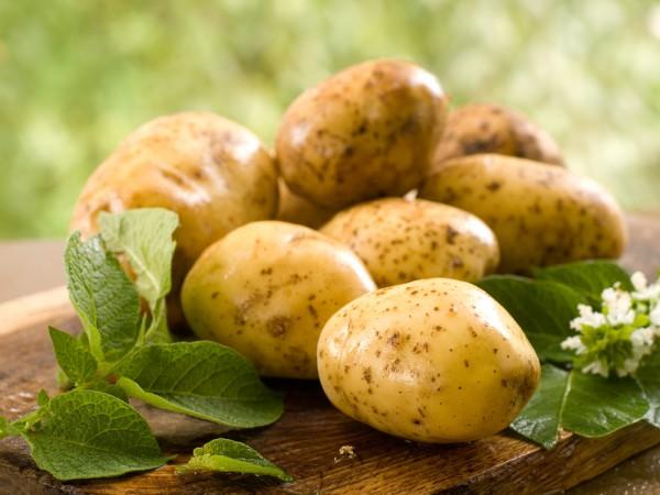 Картофель с окорочками, тушеный в мультиварке 2