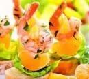 Канапе с креветками и мандаринами