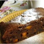 Брауни из темного шоколада с тыквенной начинкой