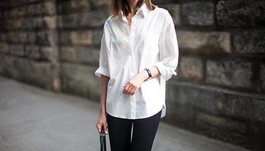 Джинсы и белая рубашка: какие образы можно создать, с чем носить — примеры модных луков для девушек
