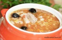 Чечевичный суп со свининой