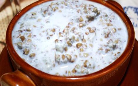 grechnevaya-kasha-na-moloke