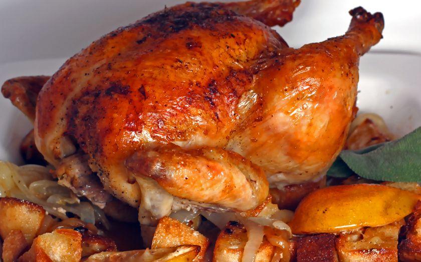Тушеная курица целиком в мультиварке 3