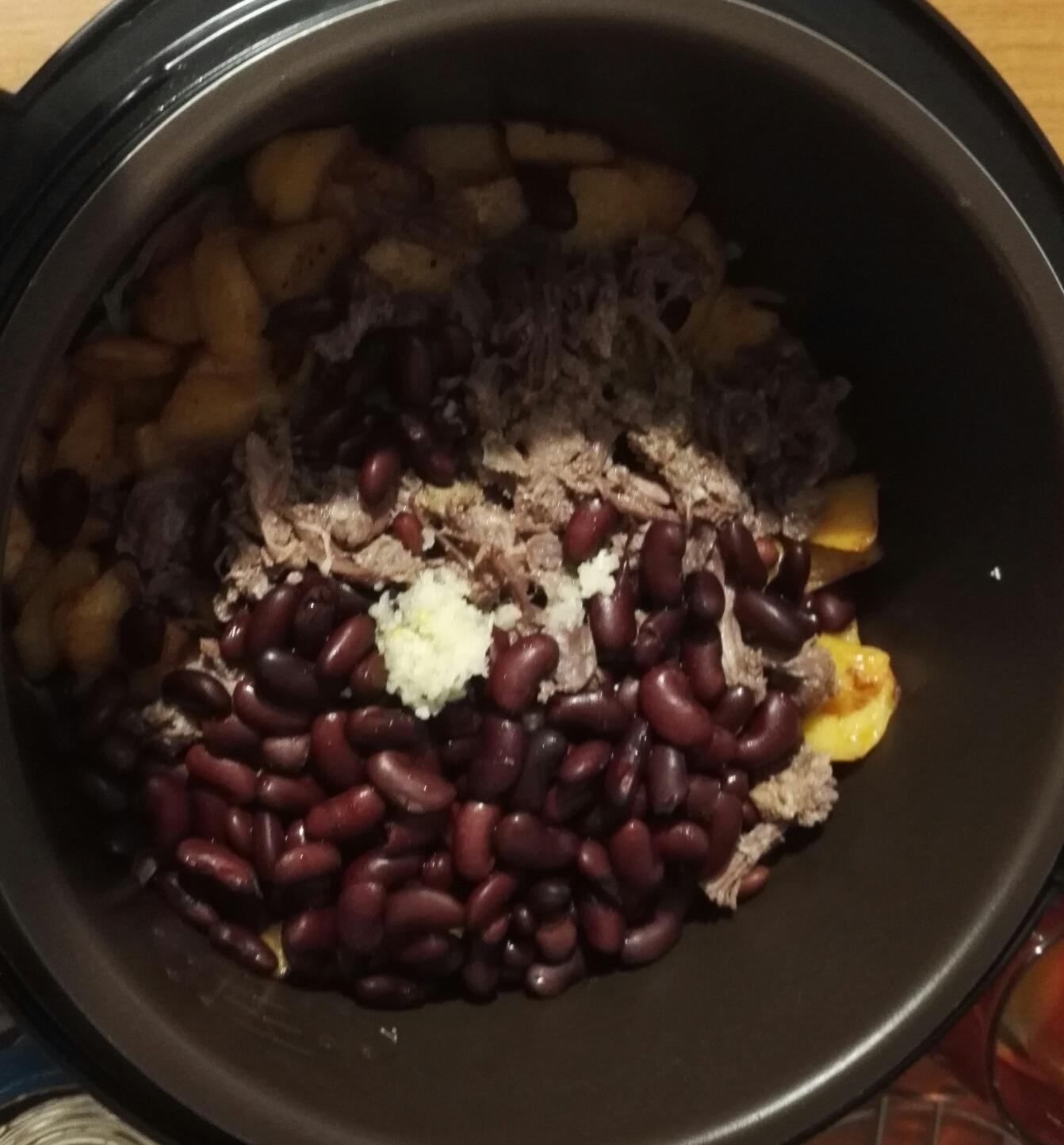 Рагу с картошкой в мультиварке