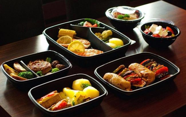 Преимущества заказа еды на дом и офис