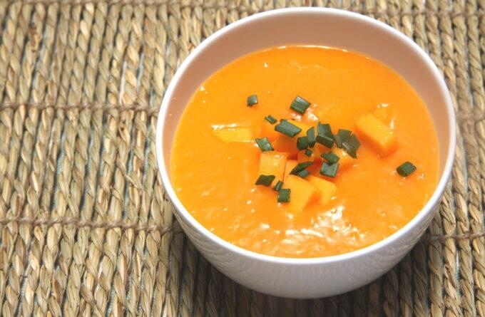 Рецепт четырех холодных летних супов быстрого приготовления