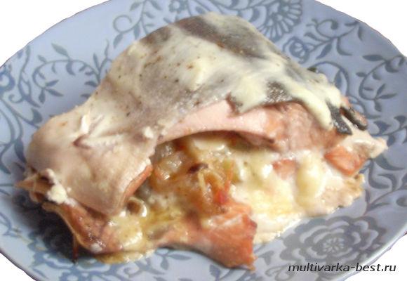 Горбуша с картофелем под сыром